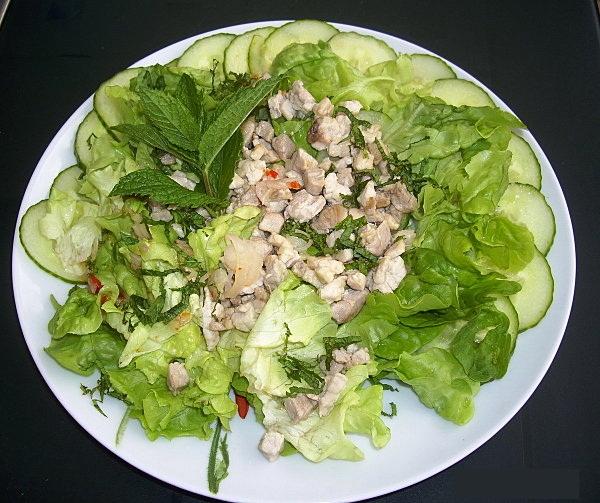salade verte la mode thaie pour 4 6 personnes recette de salade com. Black Bedroom Furniture Sets. Home Design Ideas